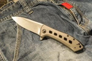 Lightweight Folding Knife